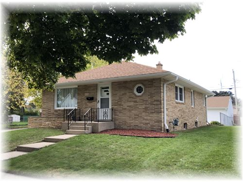 Photo of 1638 Cleveland Ave, Racine, WI 53405 (MLS # 1769218)