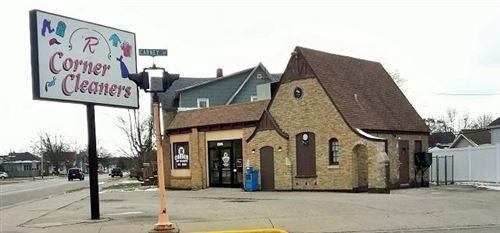 Photo of 1305 Pierce Ave, Marinette, WI 54143 (MLS # 1614221)