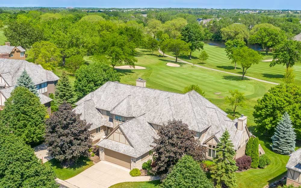 8604 S Country Club Dr, Franklin, WI 53132 - #: 1711228