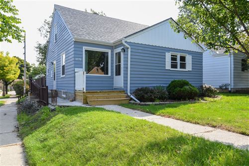 Photo of 3776 N 77th St, Milwaukee, WI 53222 (MLS # 1711229)