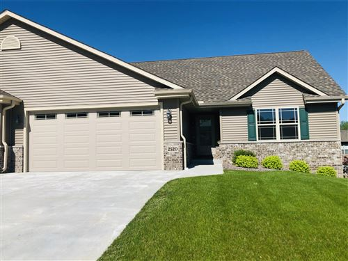 Photo of 2520 Parkfield DR, West Bend, WI 53090 (MLS # 1703231)