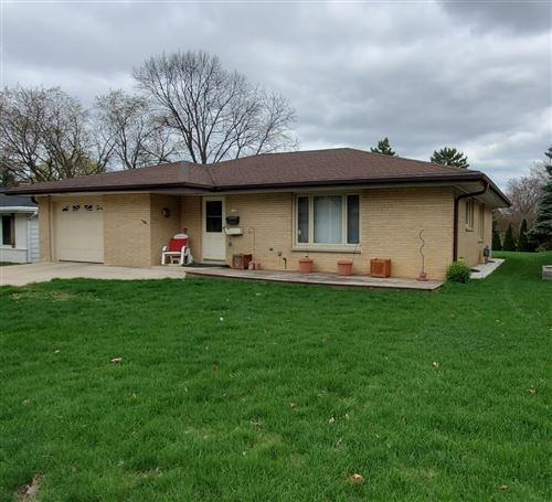 Photo of 5160 S 19th St, Milwaukee, WI 53221 (MLS # 1728235)
