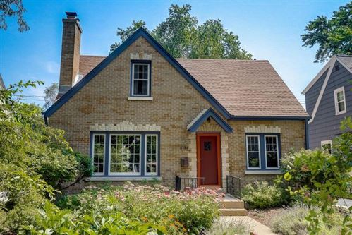 Photo of 5134 N Elkhart Ave, Whitefish Bay, WI 53217 (MLS # 1769235)
