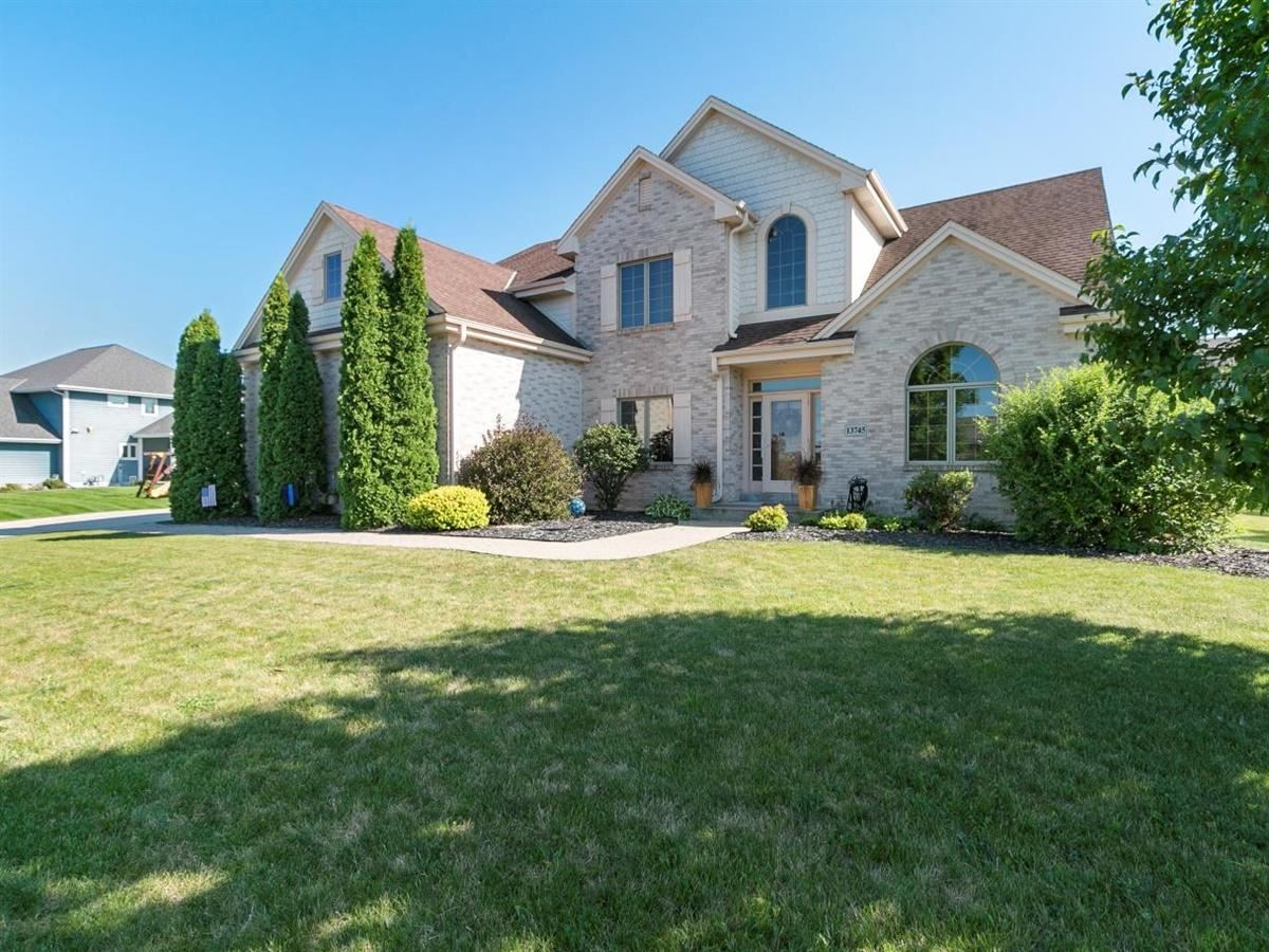 13745 W Park Central Blvd, New Berlin, WI 53151 - #: 1703245