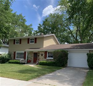 Photo of 920 7th Ave, Grafton, WI 53024 (MLS # 1642247)