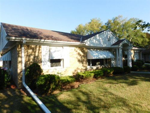 Photo of 1208 W Colonial Dr, Mount Pleasant, WI 53405 (MLS # 1768247)