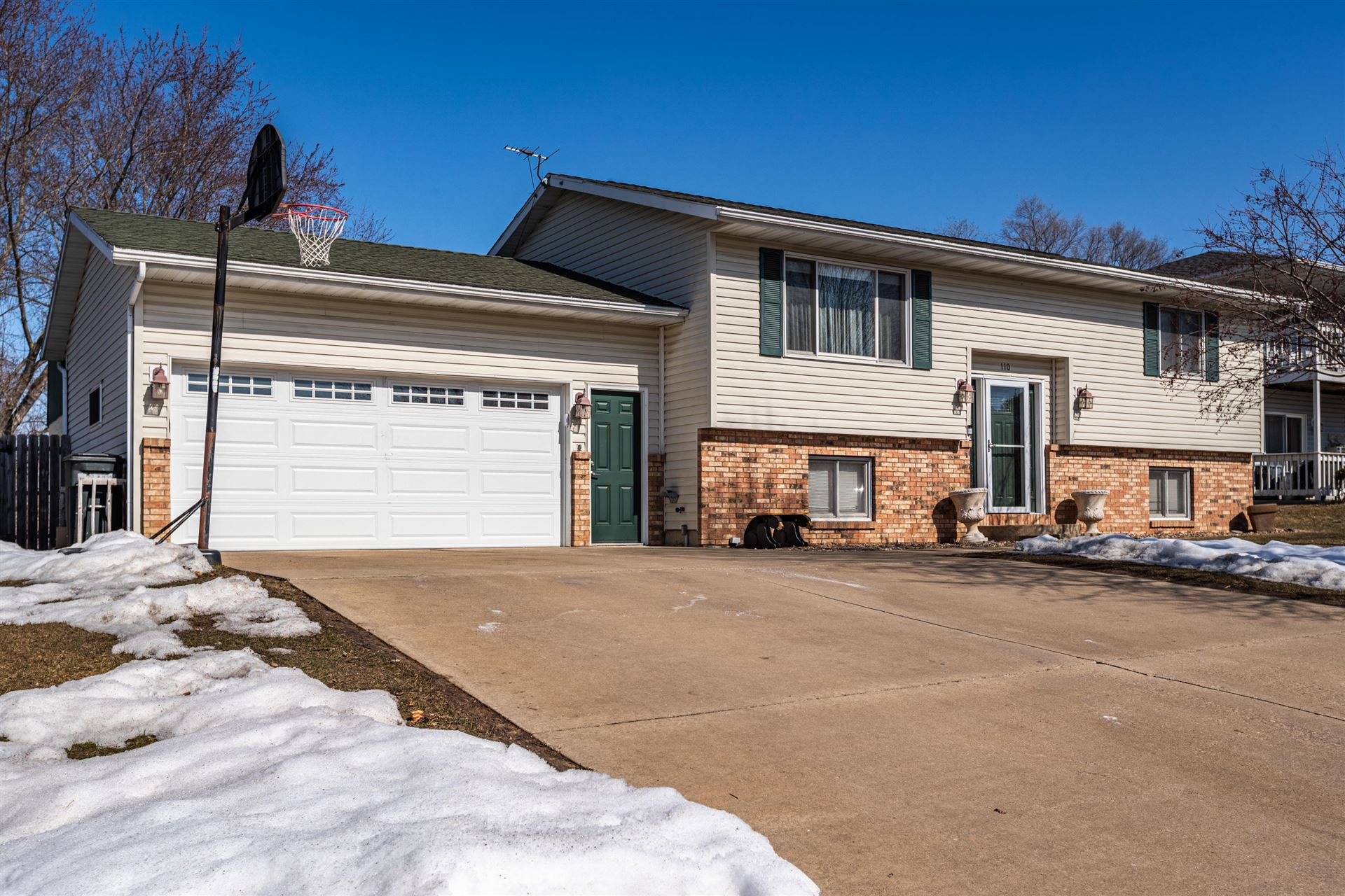 110 Summer Ln, Sparta, WI 54656 - MLS#: 1729248