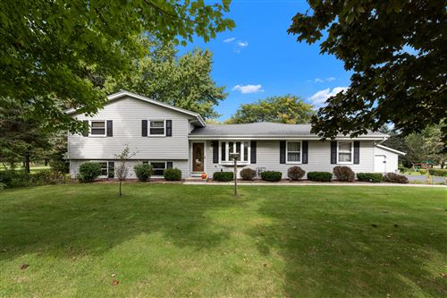 Photo of 5112 William Tell Dr, Addison, WI 53095 (MLS # 1768250)