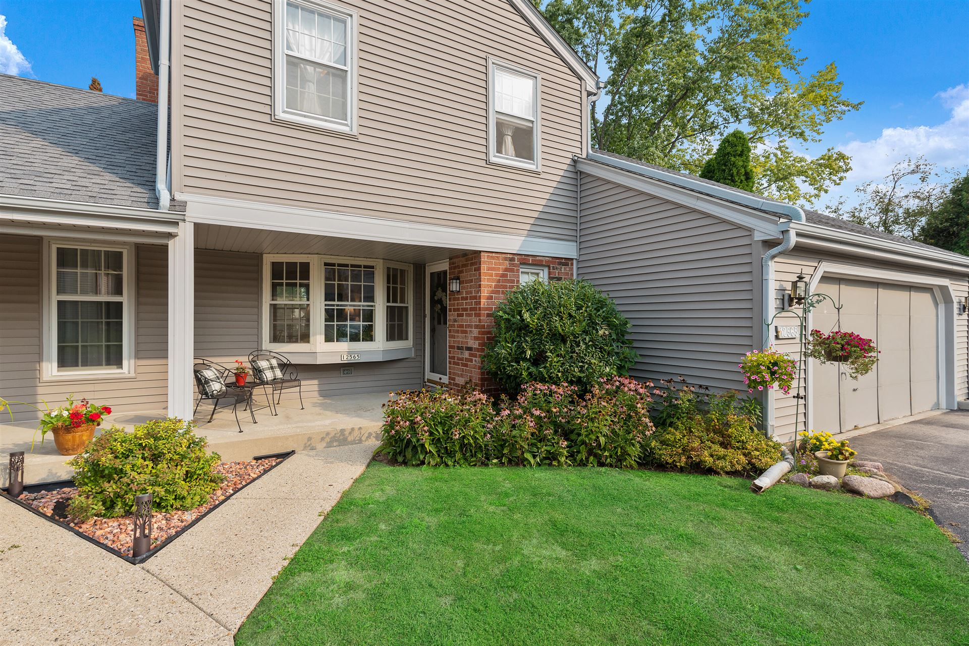 12565 N Woodberry Dr, Mequon, WI 53092 - #: 1762251