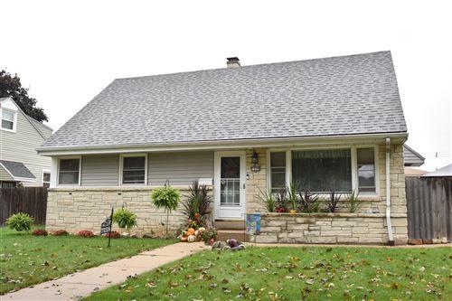 Photo of 7228 W Potomac Ave., Milwaukee, WI 53216 (MLS # 1769253)
