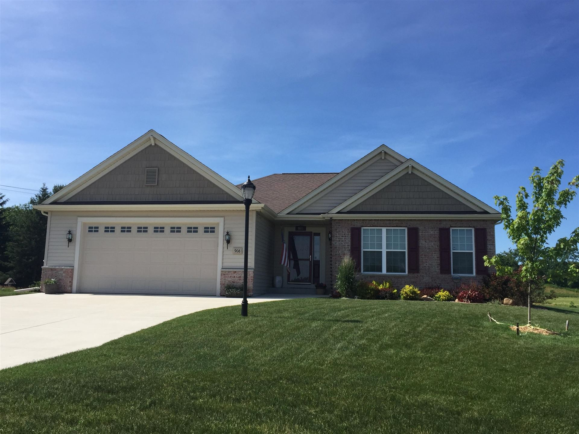 908 Stone Circle Ct, Waterford, WI 53185 - #: 1689260