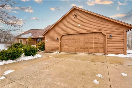 Photo of 10977 S 60th St, Franklin, WI 53132 (MLS # 1724263)