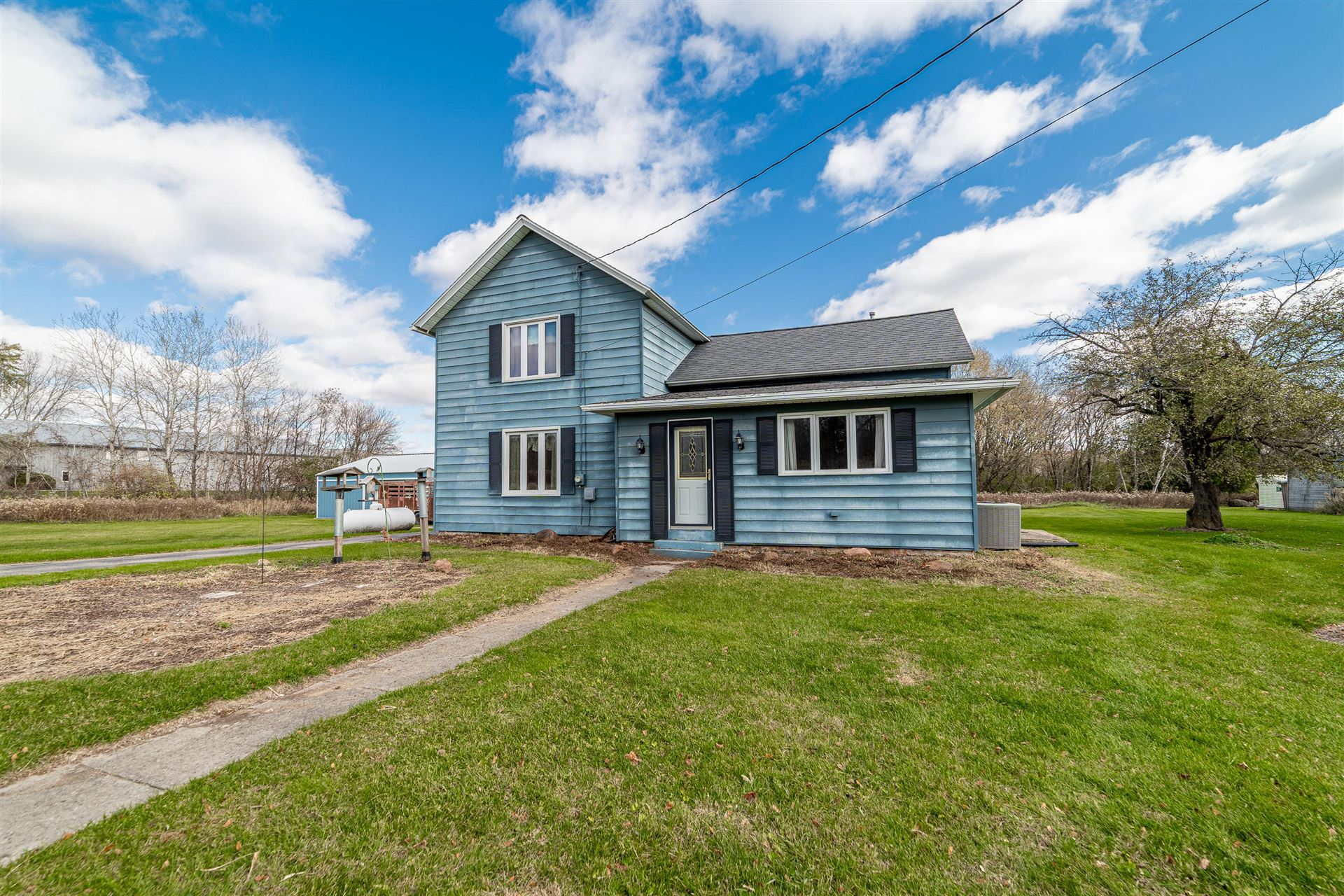 N8782 County Road V, Mayville, WI 53050 - #: 1717268