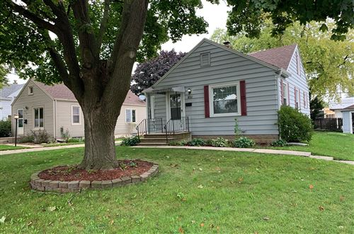 Photo of 926 S 109th St, West Allis, WI 53214 (MLS # 1768271)