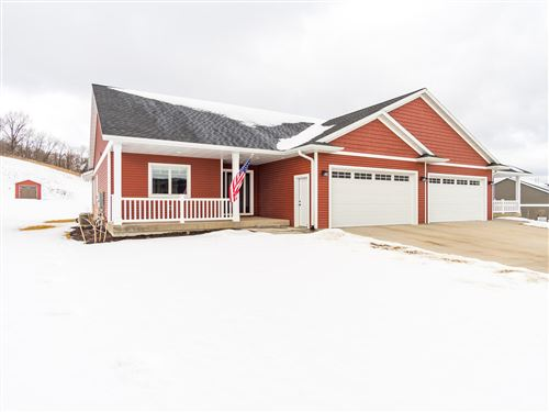 Photo of W6465 Oakwood CIR, Onalaska, WI 54636 (MLS # 1728272)