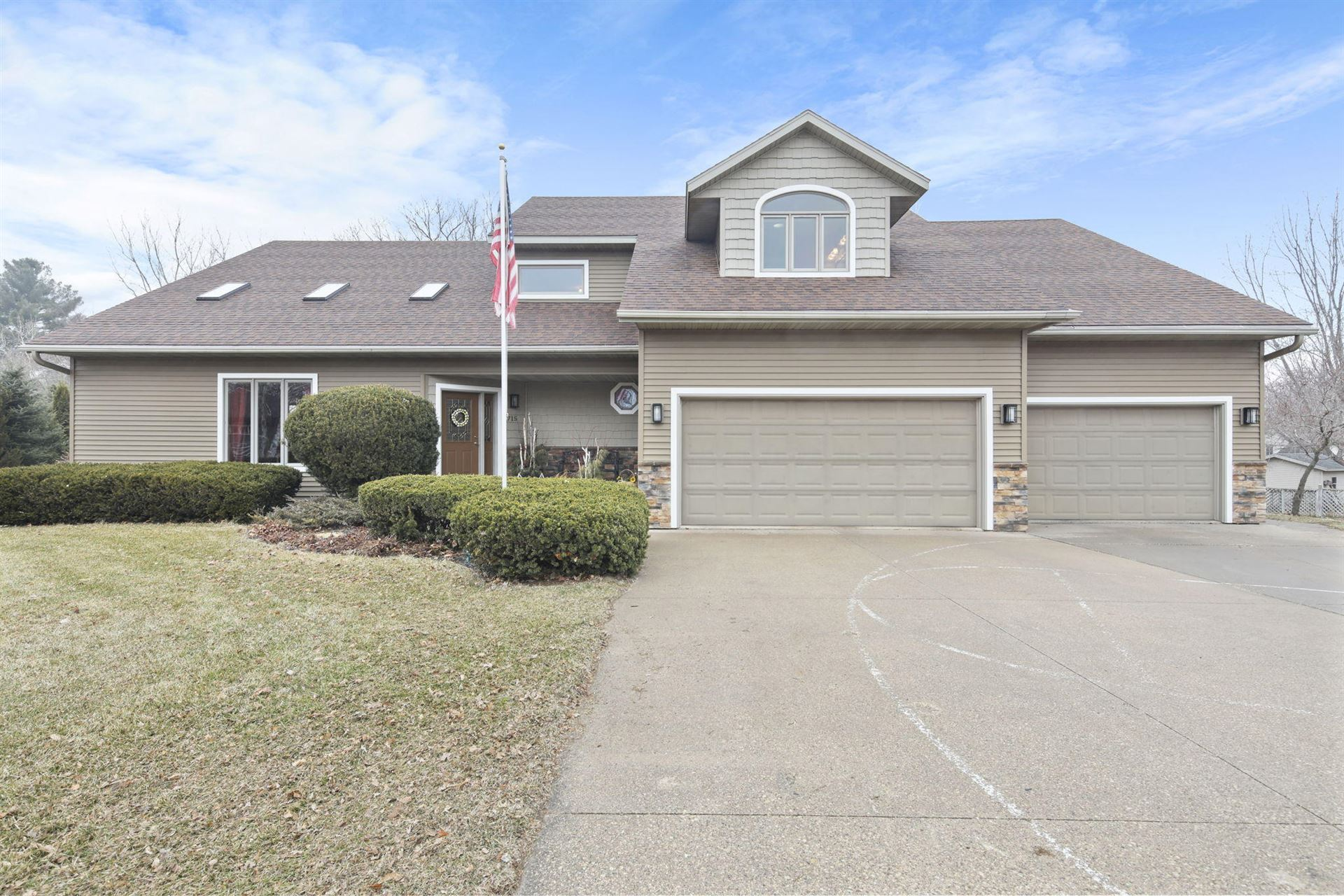 715 Lee Dr, West Salem, WI 54669 - MLS#: 1682272