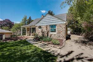 Photo of 10148 W Highwood Ave, Wauwatosa, WI 53222 (MLS # 1643274)