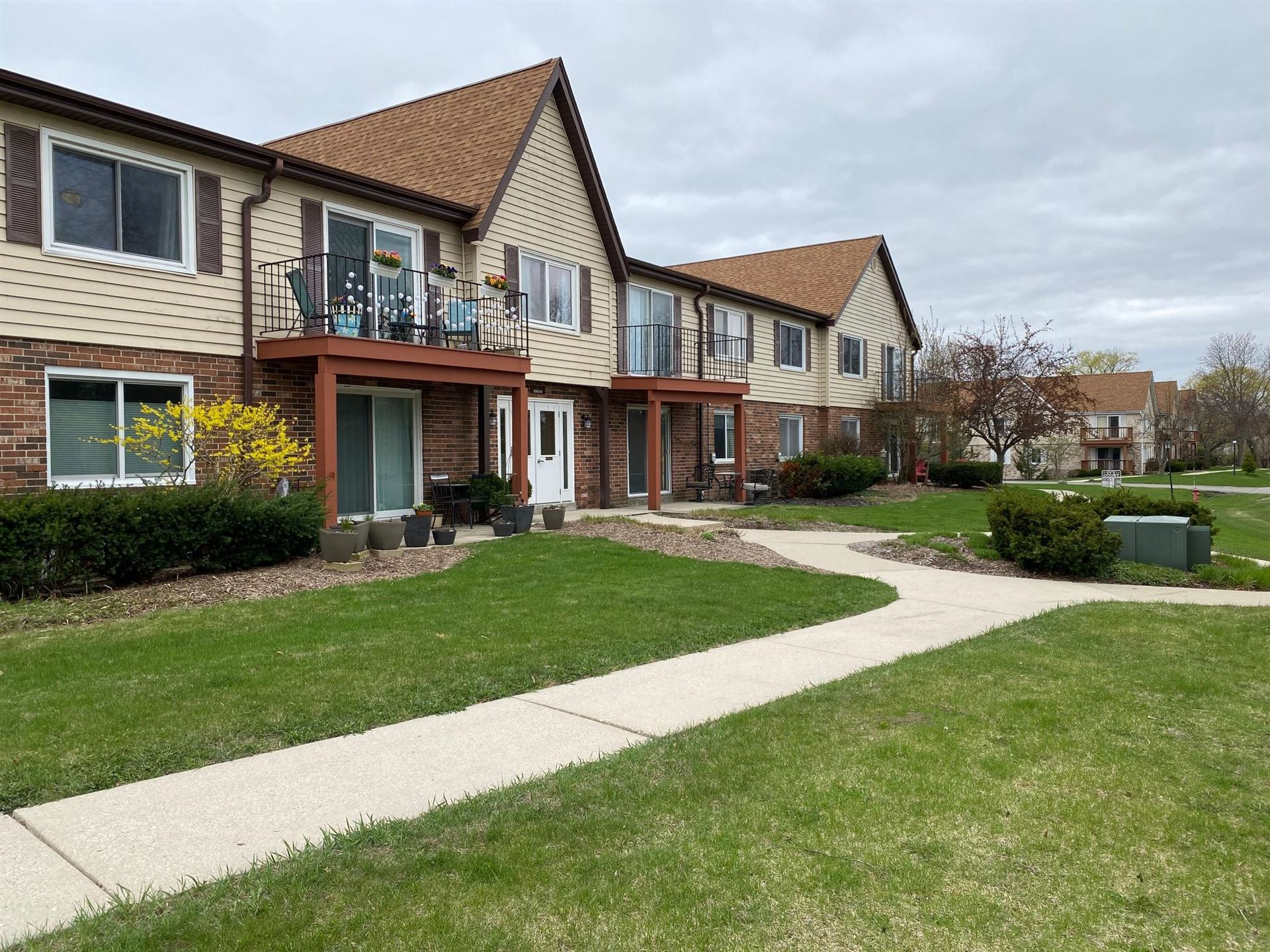 10640 N Ivy Ct #13, Mequon, WI 53092 - #: 1735275