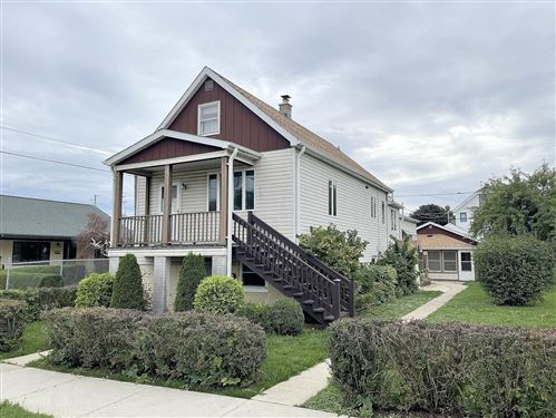 Photo of 1221 Manitoba Ave, South Milwaukee, WI 53172 (MLS # 1768277)