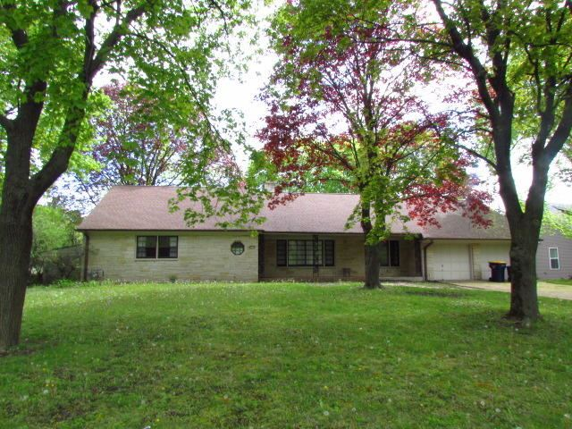 2716 S Root River Pkwy, West Allis, WI 53227 - #: 1690281