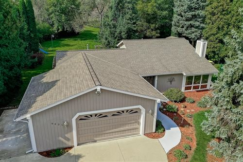 Photo of 9421 S 31st St, Franklin, WI 53132 (MLS # 1711283)