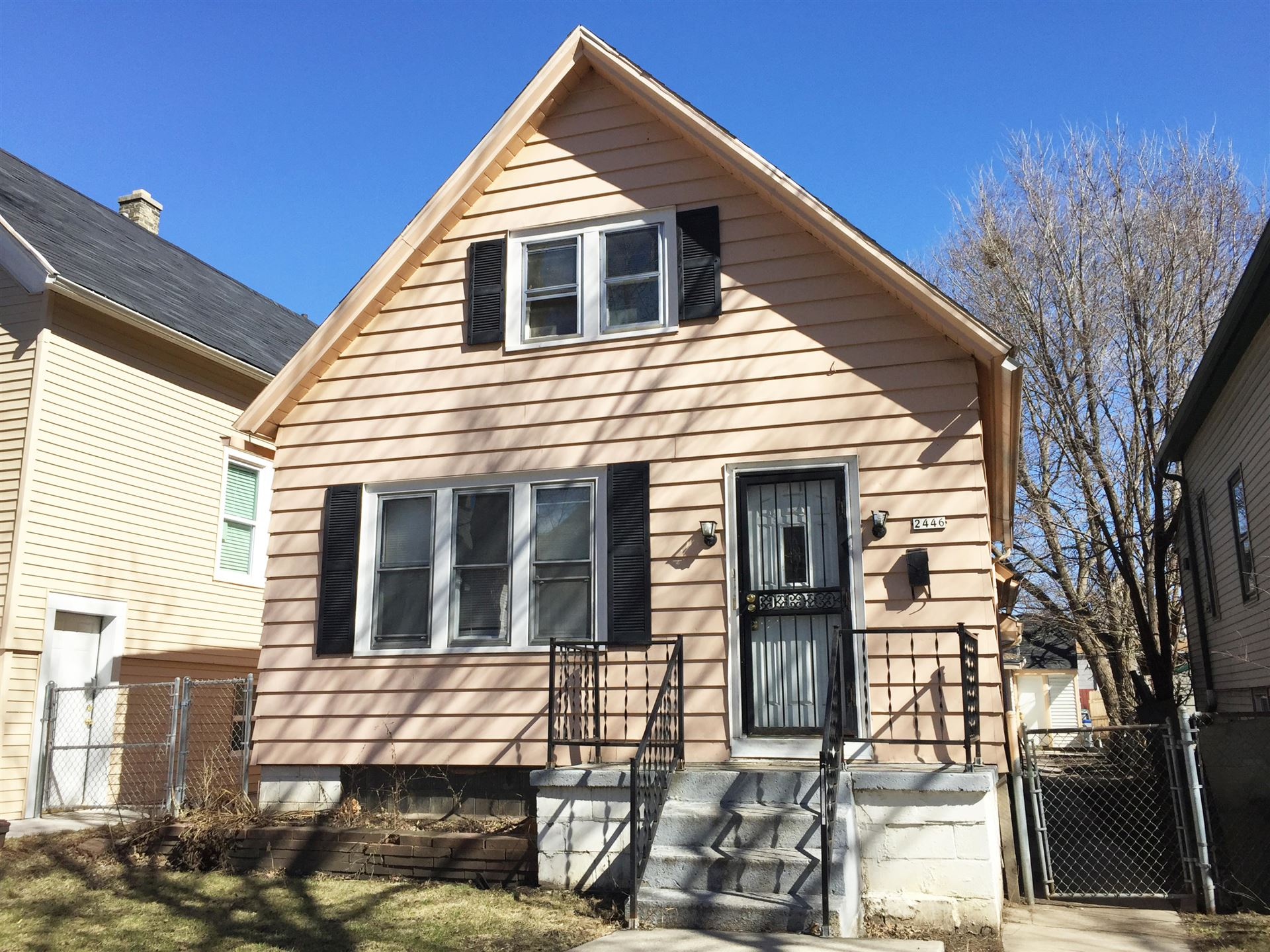 2446 S 12th, Milwaukee, WI 53215 - #: 1703291