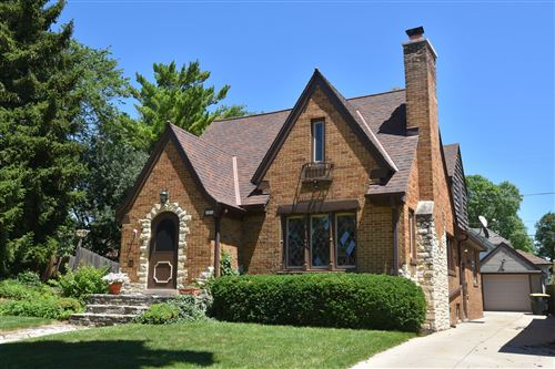 Photo of 2452 N 62nd St, Wauwatosa, WI 53213 (MLS # 1768292)