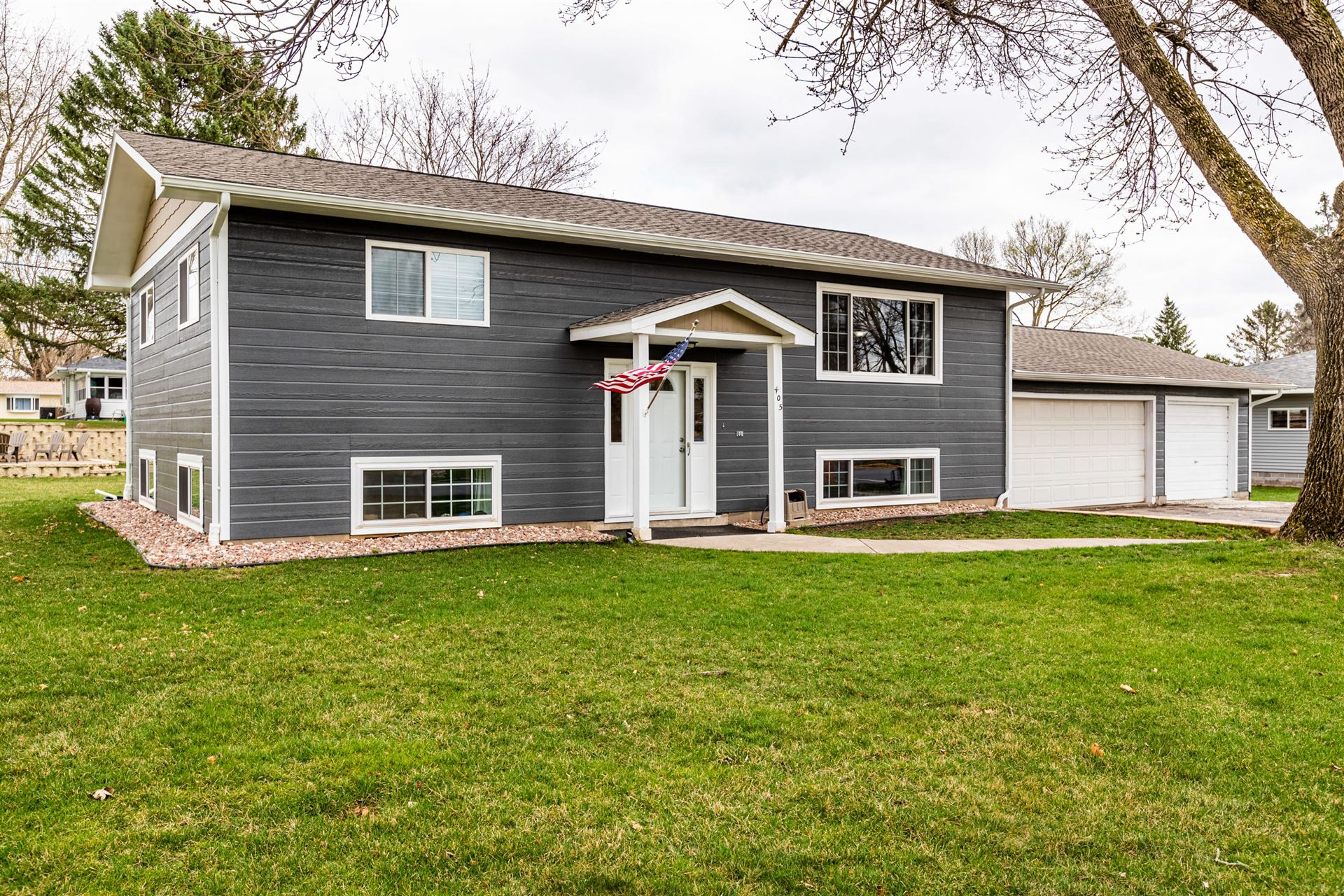 405 Long Coulee Rd, Holmen, WI 54636 - MLS#: 1734295