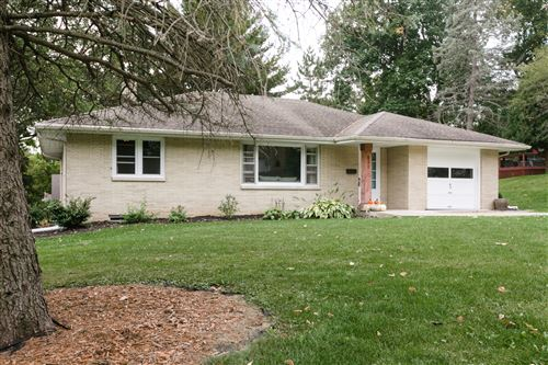 Photo of 531 Lewis St, Burlington, WI 53105 (MLS # 1712296)