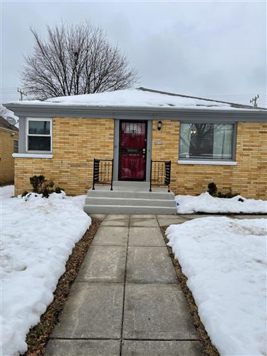 Photo of 4930 N 65th St, Milwaukee, WI 53218 (MLS # 1724303)