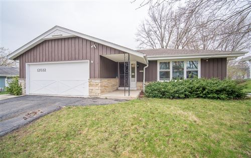 Photo of 12032 W Langlade St, Milwaukee, WI 53225 (MLS # 1734303)