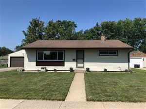 Photo of 521 12TH AVE N, Onalaska, WI 54650 (MLS # 1649305)