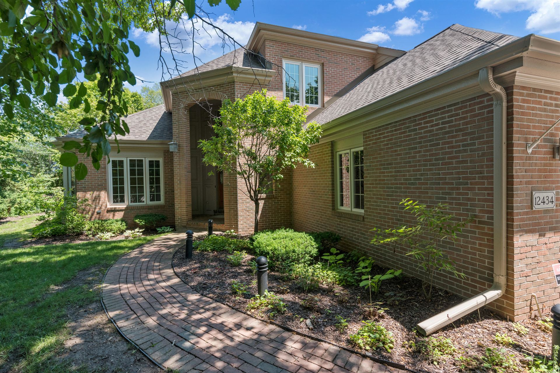 12434 N Golf Dr, Mequon, WI 53092 - #: 1750306