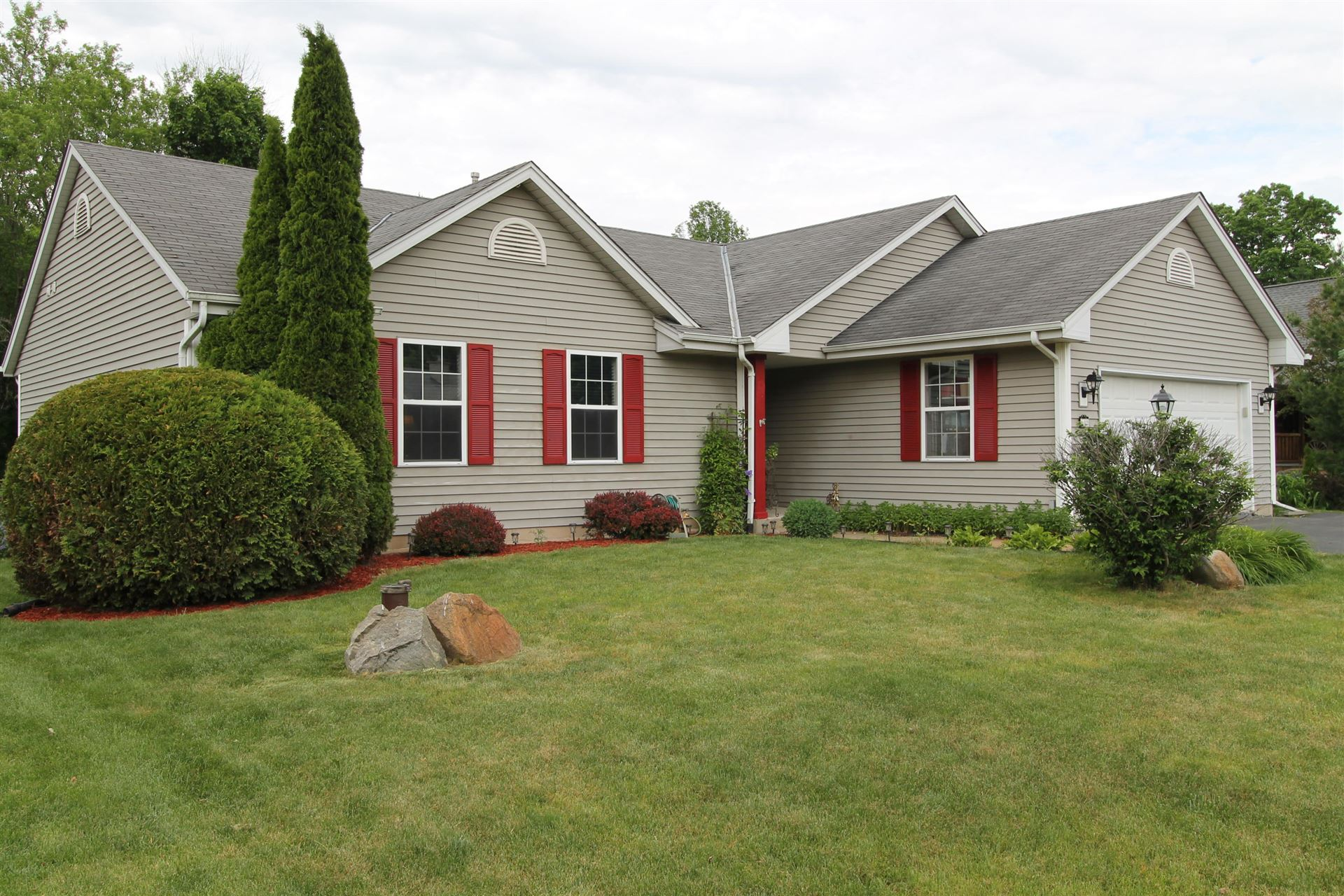 602 Mink Ranch Rd, Rochester, WI 53105 - #: 1694311