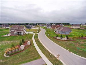Photo of Lt106 Eagle Ct, Mequon, WI 53097 (MLS # 1620312)