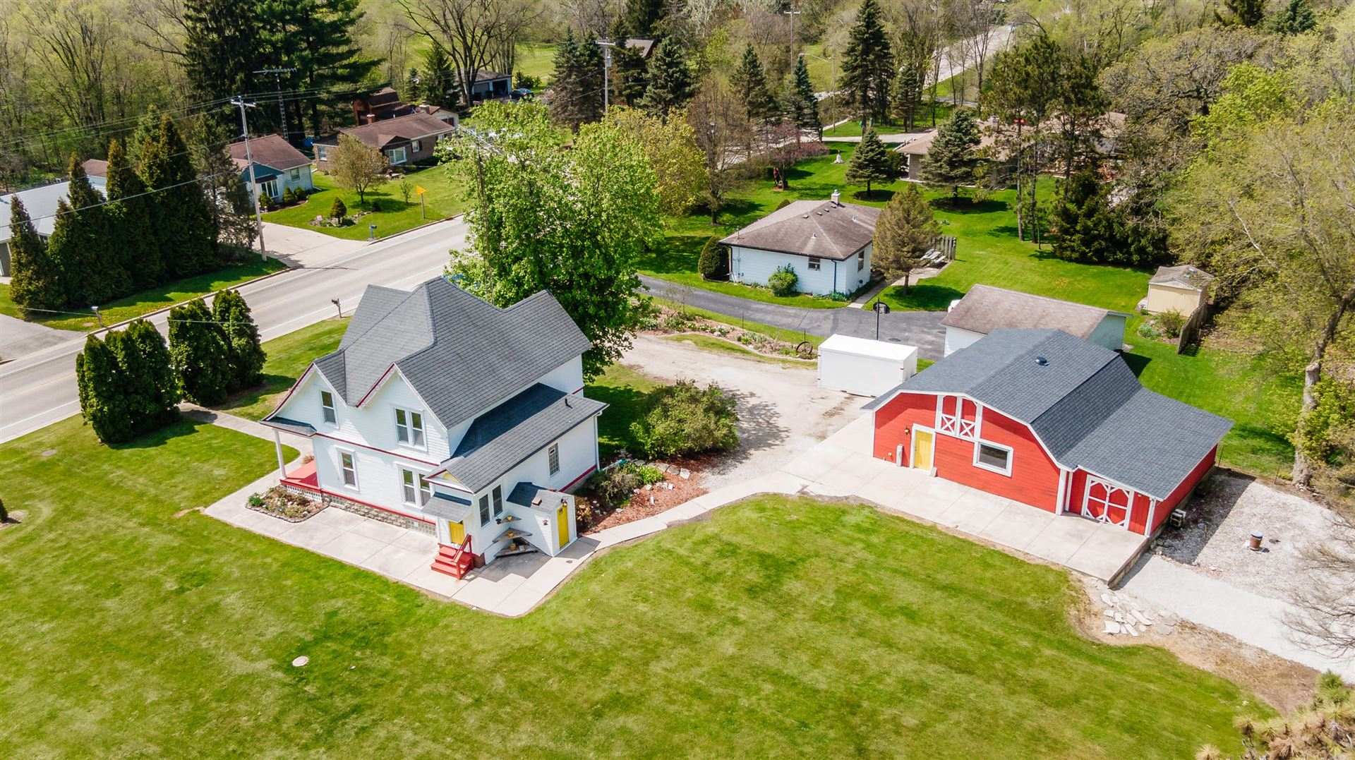 3022 North St, East Troy, WI 53120 - #: 1689312