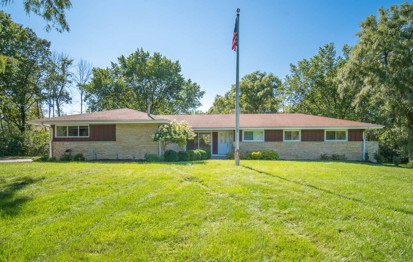13717 N Lake Shore Dr, Mequon, WI 53097 - #: 1761318