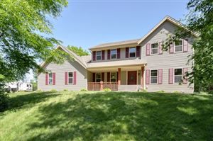 Photo of 7833 County Rd V, Caledonia, WI 53108 (MLS # 1643322)