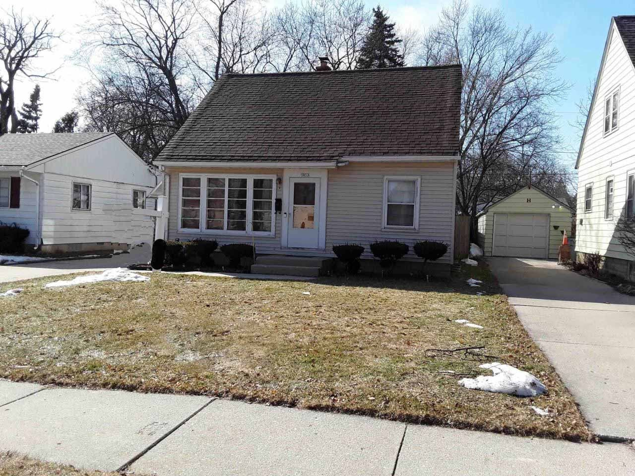 5853 N 35th St, Milwaukee, WI 53209 - #: 1679322
