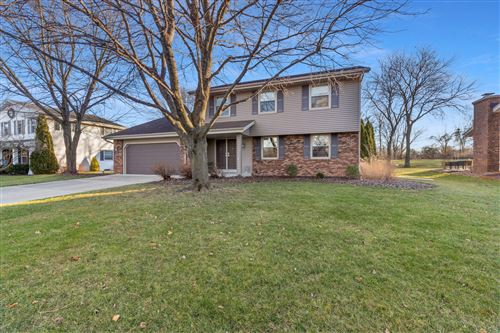 Photo of 14955 W Fenway Dr, New Berlin, WI 53151 (MLS # 1720323)