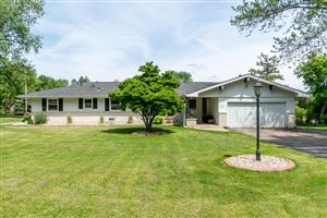 Photo of 1310 Sunny Crest Dr, Brookfield, WI 53186 (MLS # 1643324)