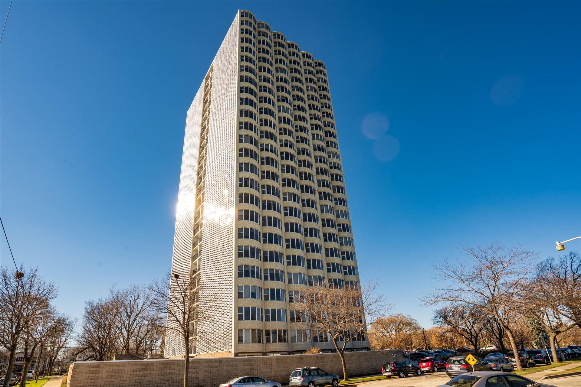 2525 S Shore Dr #5B, Milwaukee, WI 53207 - #: 1718326