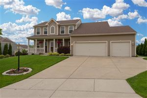 Photo of 8225 S Preserve Way, Franklin, WI 53132 (MLS # 1643327)