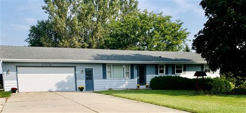 Photo of w2135 Sunset Dr, Auburn, WI 53010 (MLS # 1712327)