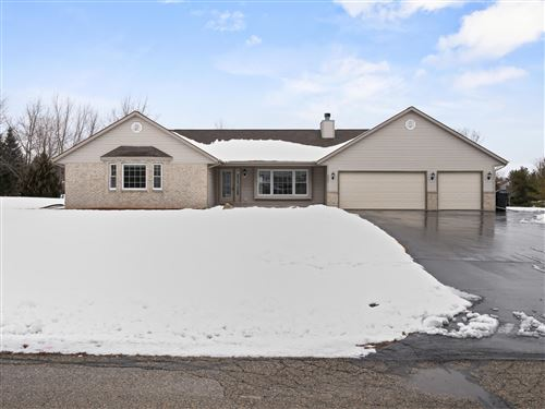 Photo of 4965 Bayfield Dr, Waterford, WI 53185 (MLS # 1723328)