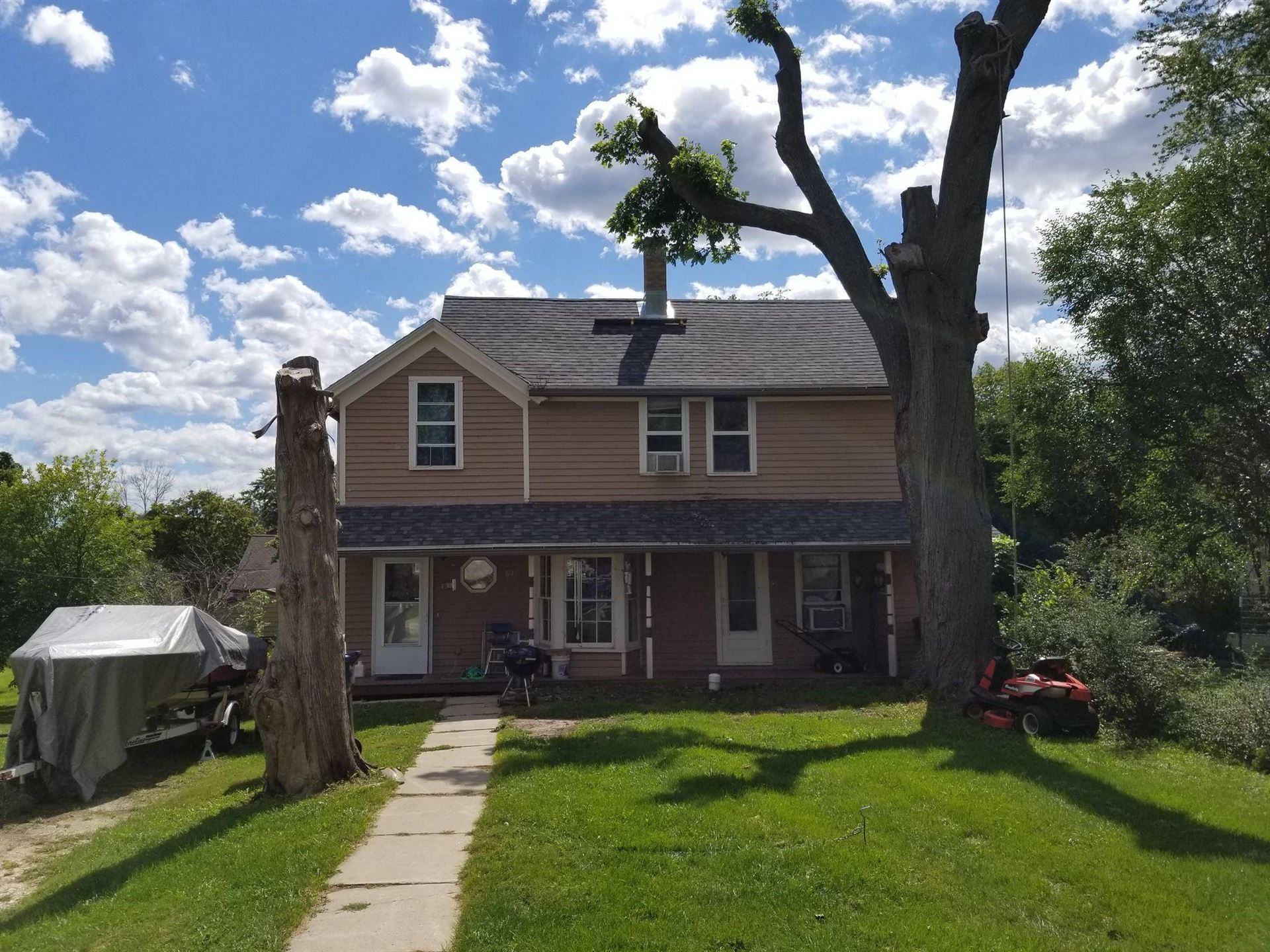 621 Mccolm St, Plymouth, WI 53073 - #: 1708339