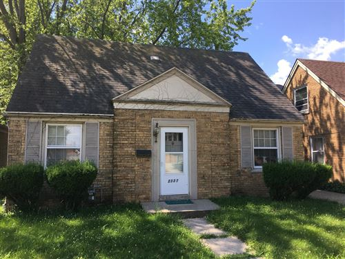 Photo of 2337 Dwight ST, Racine, WI 53403 (MLS # 1649340)