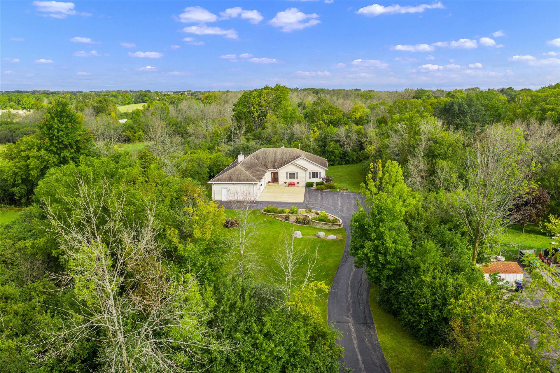 7100 Pioneer Rd, Cedarburg, WI 53012 - #: 1763344