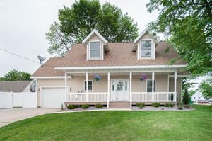Photo of 2501 Barlow St, La Crosse, WI 54601 (MLS # 1643345)