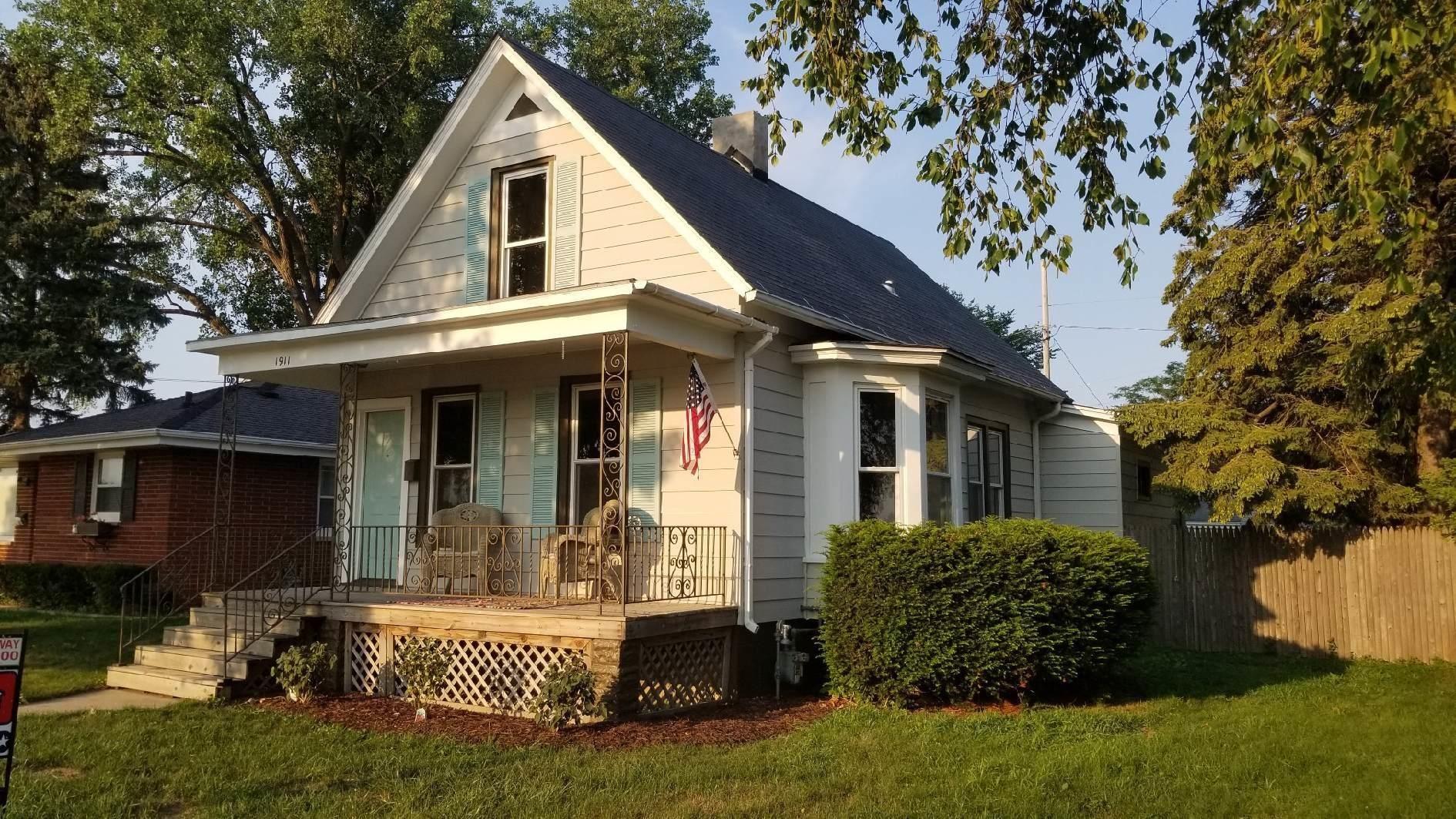 1911 West Blvd, Racine, WI 53403 - #: 1754346